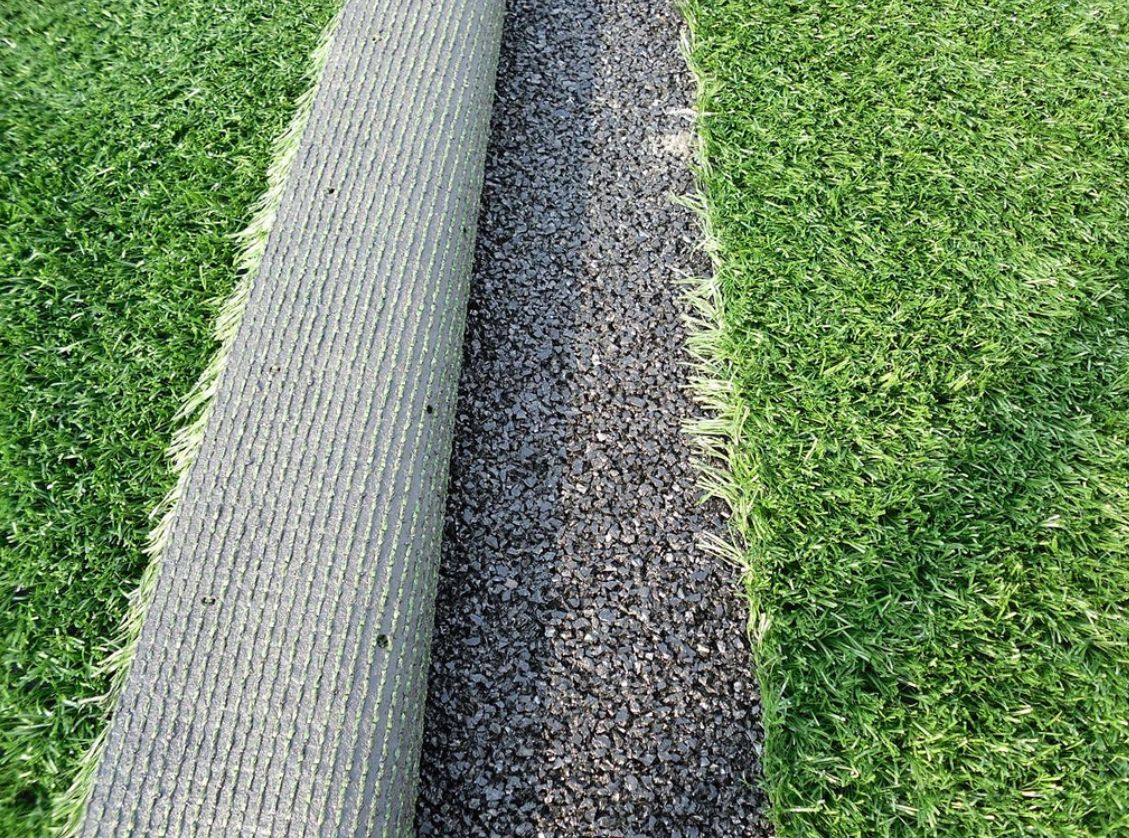 How to Clean Synthetic Grass from Debris - Fixed Rate ...